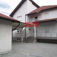 Casa De Vanzare In Petresti-Sebes, Pe 3 Nivele, S.T= 1904 Mp