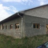 Hala de vanzare in Sebes (Loc. Petresti), 600 mp utili + 2300 mp teren