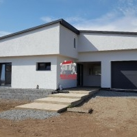 Casa De Vanzare In Petresti-Sebes, Pe Un Singur Nivel