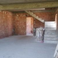 Casa In Rosu De Vanzare In Petresti-Sebes, ST=2200 Mp
