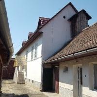 Casa Saseasca De Vanzare In Petresti-Sebes, ST=1200 Mp
