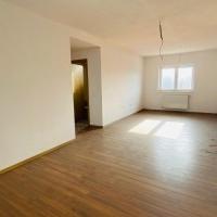 Apartament 3 Camere De Vanzare Sebes, Bloc Nou, Etaj 1