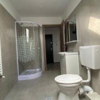 Apartament 3 Camere De Vanzare In Sebes, Bloc Nou-102 Mp