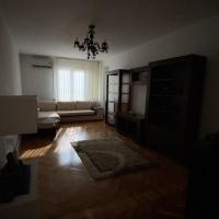 Apartament 4 Camere De Vanzare In Sebes, Et.1, Zona Centrala