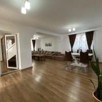 Casa De Vanzare In Sebes P+1+M, Cu Apartament, Zona Buna